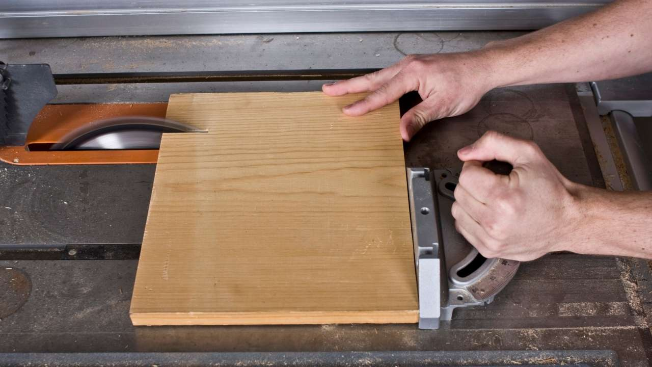 image - How to Square a Board with a Table Saw