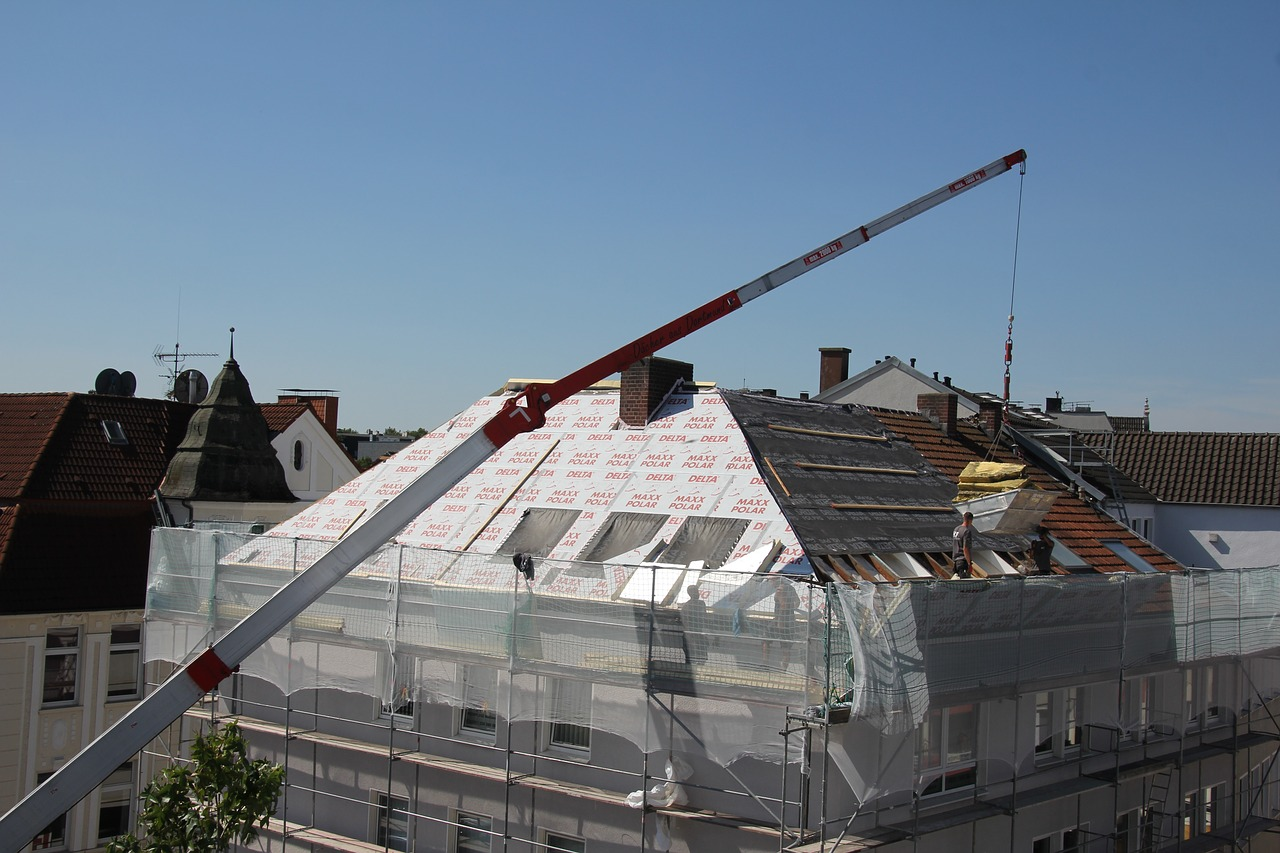 image - 6 Reasons Why You Should Hire a Commercial Roofing Contractor