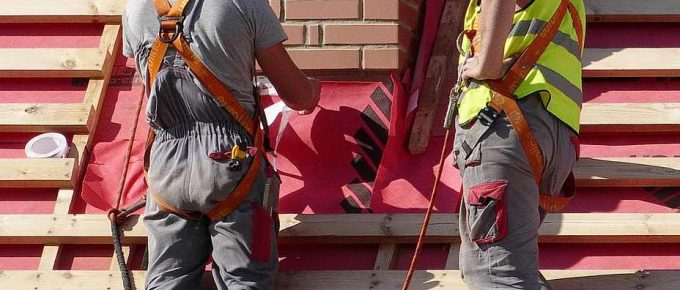 What Are the Benefits and Services Offered by Roofing Contractors?