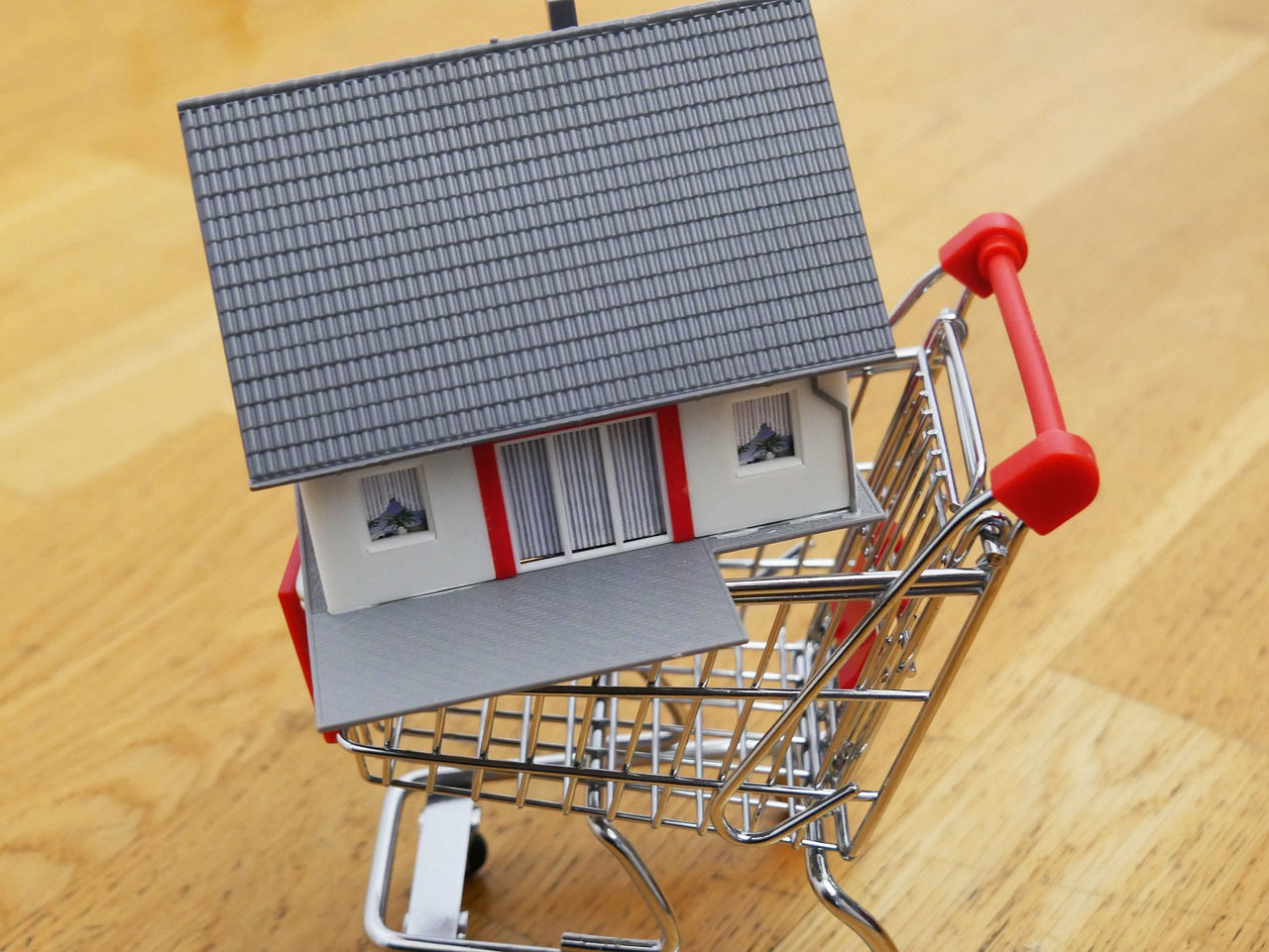 image - What Are the Most Important Factors When Buying a House
