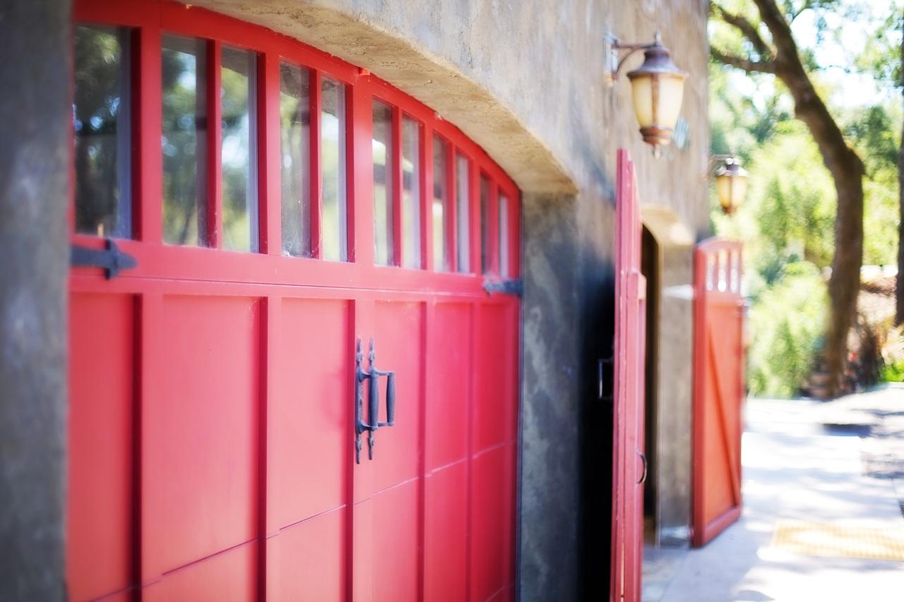 image - Importance of Hiring A Garage Door Repair Service