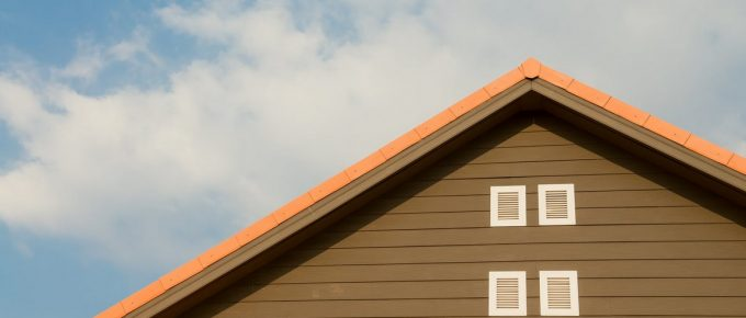 Simple Signs That Say You Need to Replace Your House Roof Right Away