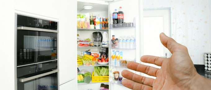 Here are 4 Tips to Keep Your Refrigerator Running Smoothly