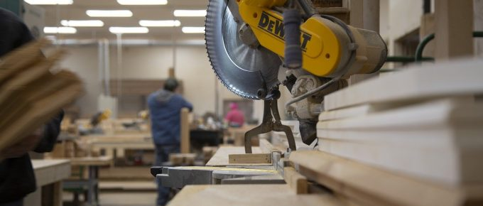 What to Know When Buying a Miter Saw in 2021: A Complete Miter Saw Buying Guide