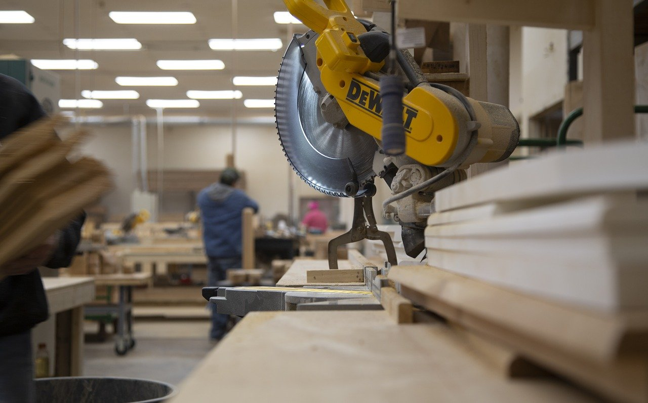 image - What to Know When Buying a Miter Saw in 2021: A Complete Miter Saw Buying Guide