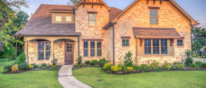 8 Tips to a Successful Exterior Makeover of Your Home