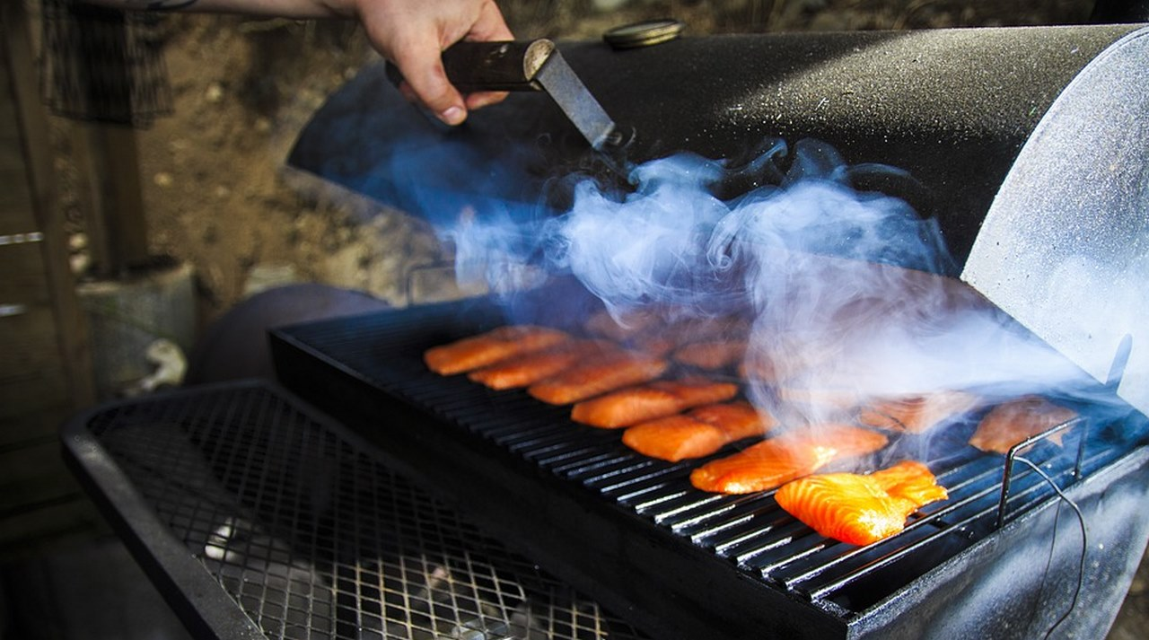 image - How to Choose a BBQ Smoker Charcoal vs Electric vs Gas Models