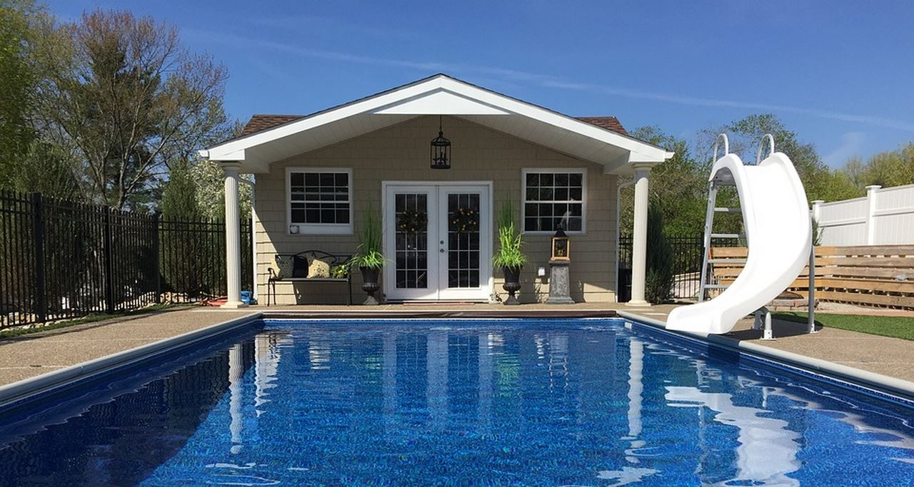 image - Installing Swimming Pool Fencing – How to Install Pool Fences Properly