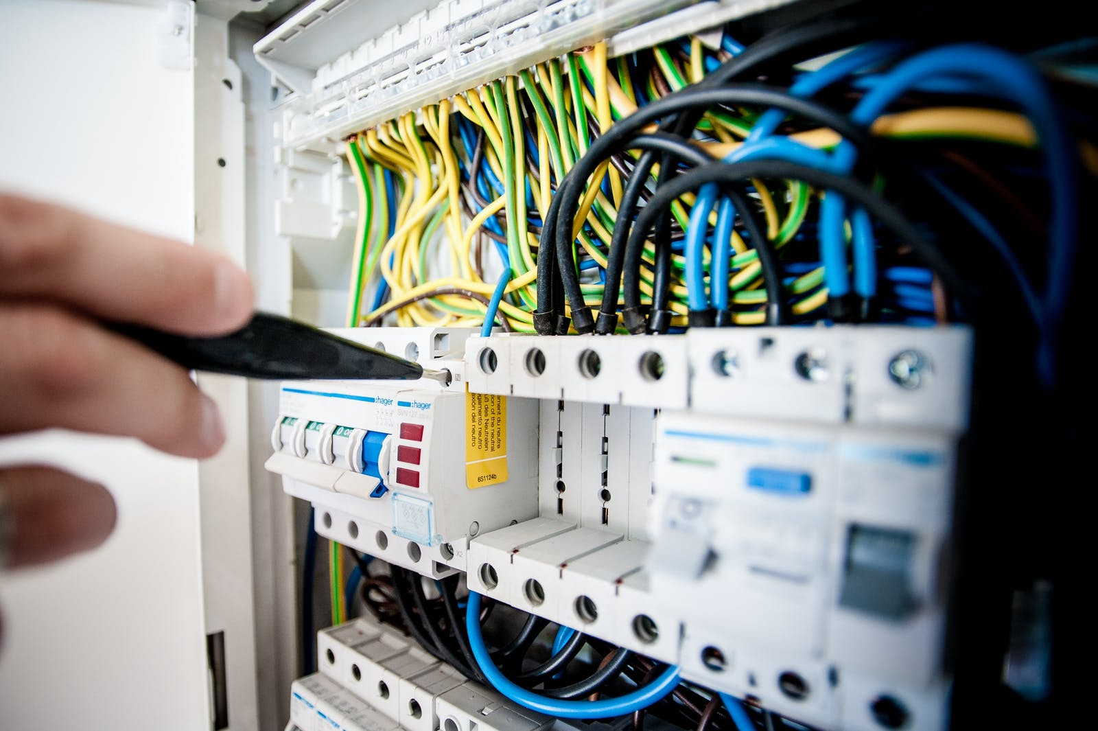 image - Types of Problems a Commercial Electrician Can Help You Solve