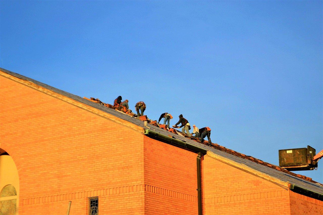 image - 10 Best Roofing Contractors Near Me