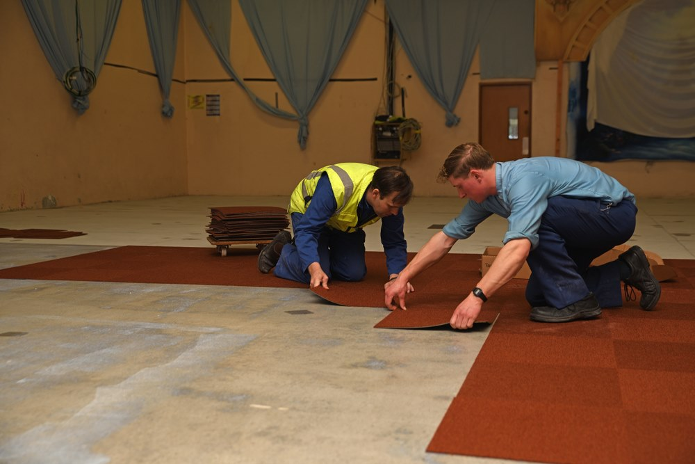 image - How to Lay Carpet Tiles