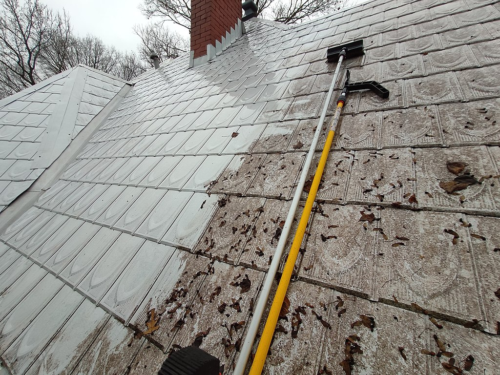 image - How to Clean A Metal Roof in Nine Steps