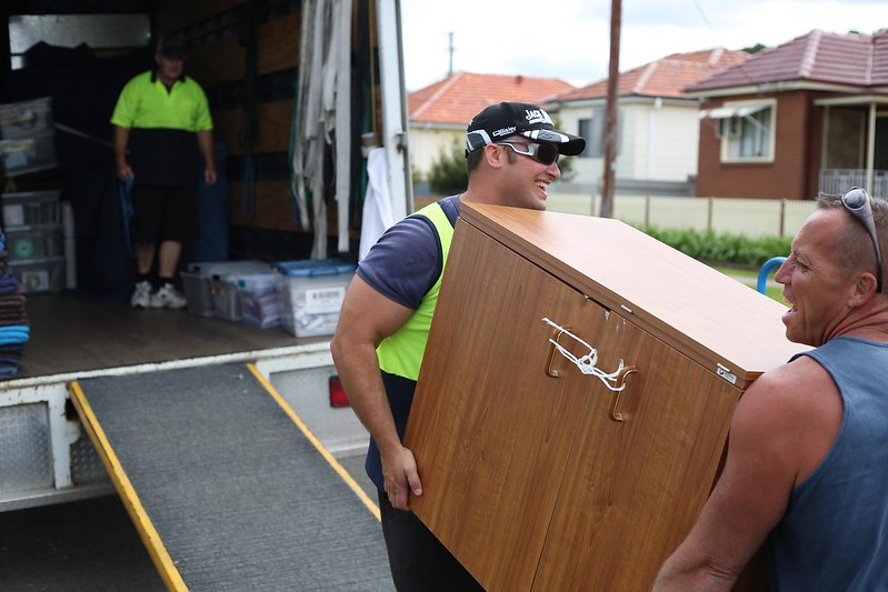 image - How to Trust Furniture Movers in Abu Dhabi
