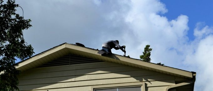What Characteristics to Look Out for in a Top Roofing Contractor
