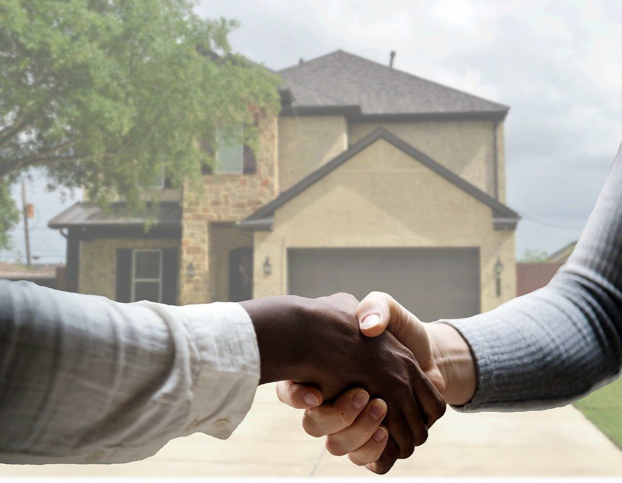 image - Should I Sell My Property to a Cash House Buyer?