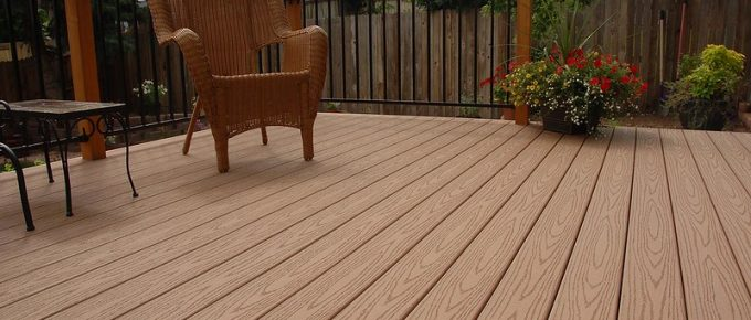 7 Reasons Why Homeowners Prefer Composite Decking to Wood Decking