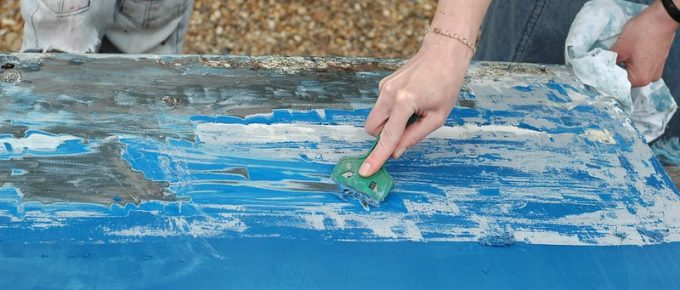 5 Eco-Friendly Ways to Remove Paint with Non-Toxic Paint Removers and Paint Stripping Techniques