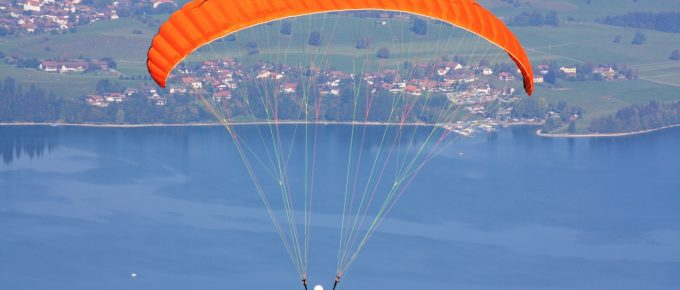 6 Fundamental Equipment You Must Have for Paragliding