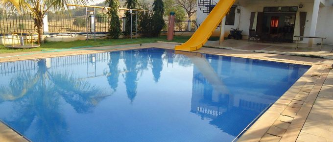 Is It Cheaper to Build a Pool or Buy a House with a Pool?