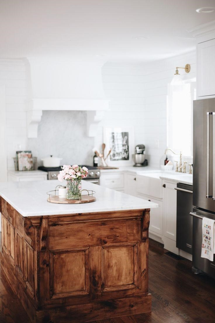 image - Top 10 Features of a Coastal Kitchen