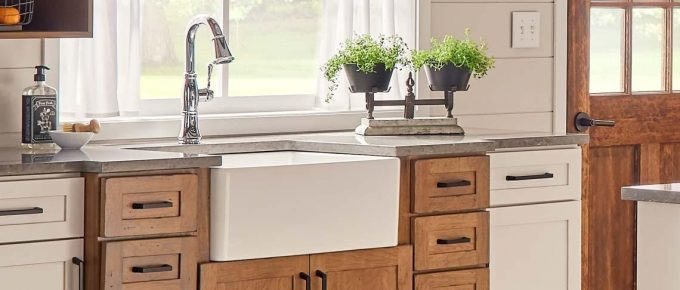 Everything You Need to Know About Fireclay Apron Front Sinks