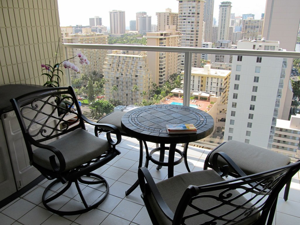 image - How to Decorate a Condo Balcony