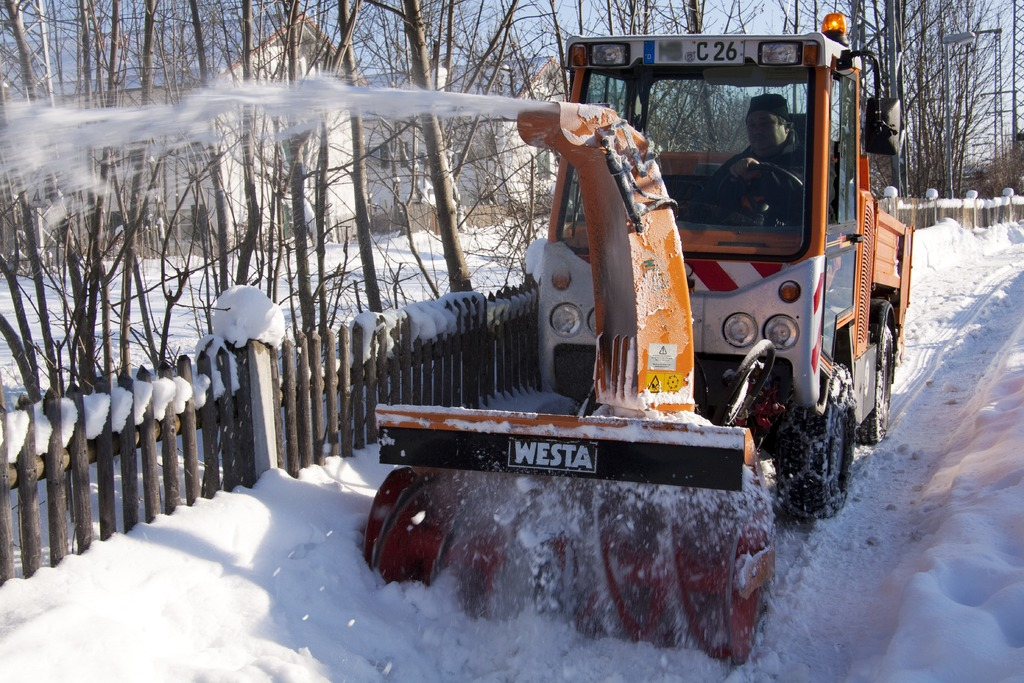 image - 5 Things You Need to Know About a Snow Removal Company