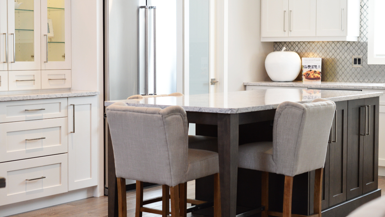 image - How Career-Driven People Can Choose the Perfect Minimalistic Marble Dining Table