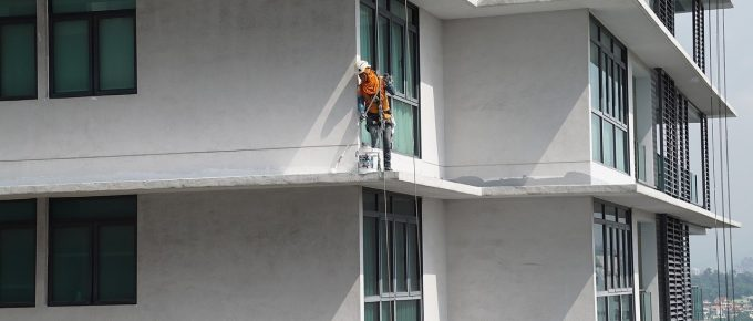 How to Choose a Reliable Building Maintenance Company in The Uk?