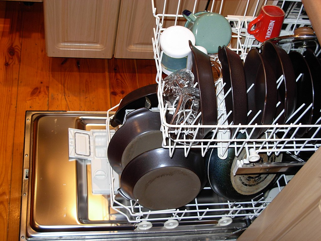 image - How to Shop for the Best Commercial Dishwasher Things to Look for
