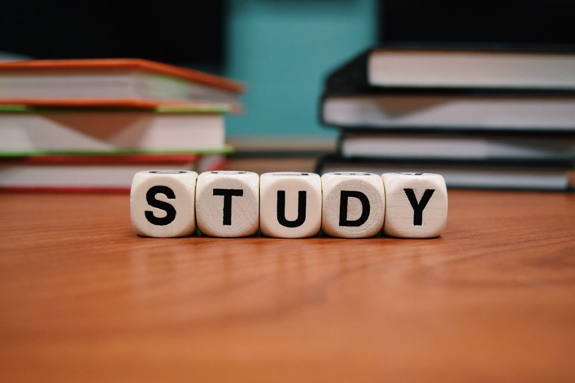 image - How to Keep in Touch With Your Child Studying Abroad
