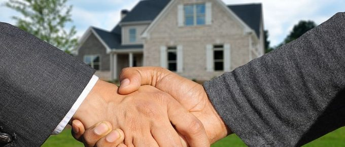 7 Financial Factors to Consider Before Buying a property
