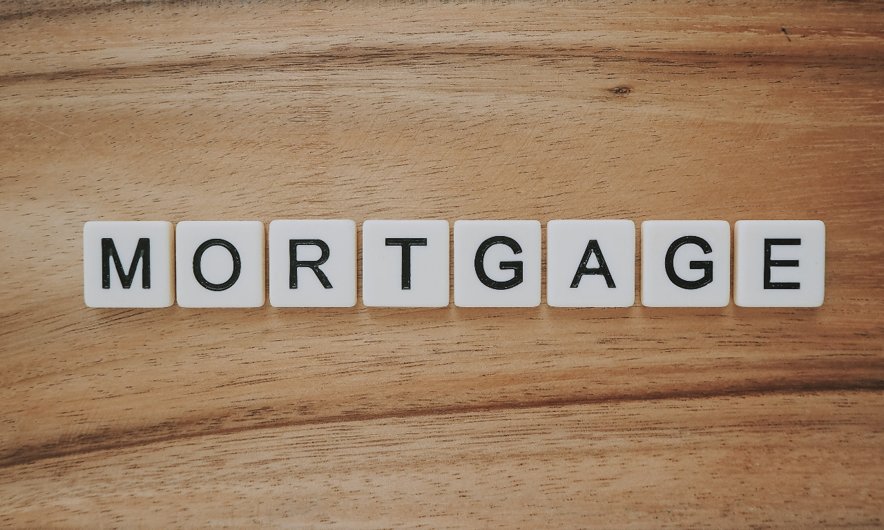 image - Can I Get a Mortgage with Bad Credit in Canada?