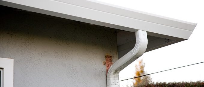 The Benefits of Cleaning and Maintaining Gutters