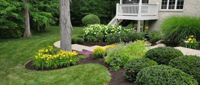 9 Landscaping Design Ideas for Front of House