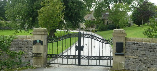 Four Benefits of Automatic Gates for Your Home