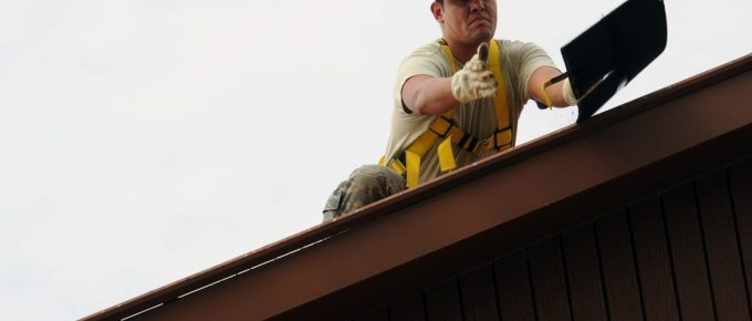 5 Signs That You are in Need of Roof Maintenance